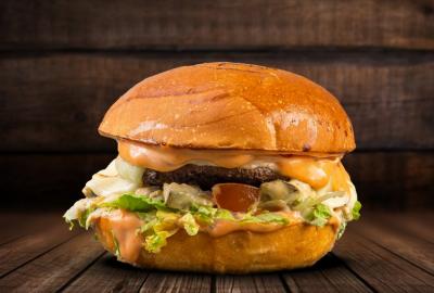 Бургер «А-а-агонь»